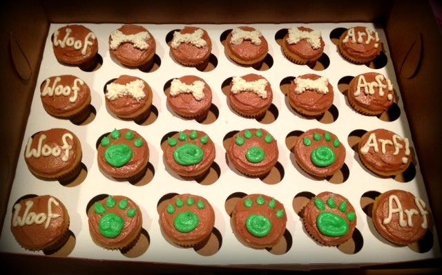 dog-mini-cupcakes