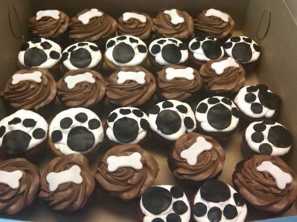 dog_theme_cupcakes_1